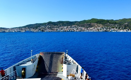 Approaching Spetses